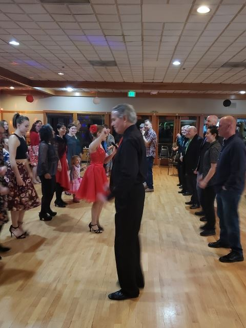 East Coast Swing Lesson at the Winter Gala 2018